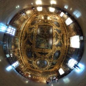 ベネチアのドゥカーレ宮殿は凄い。特に天井の立体的な作りは素晴らしい。ここではしばらく天井を眺めていました。 #theta360