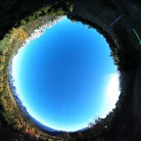 """Caverva/riservetta """"C1"""", elemento dell'area Val da Porte del Parco della Memoria di Pian dei Buoi - Lozzo di Cadore Dolomiti  #theta360 #theta360it"""