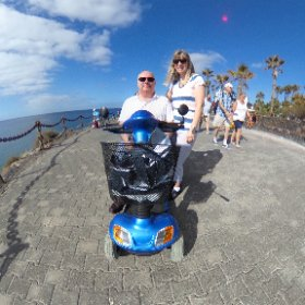 Louise and I with Madge 🛴 #theta360 #theta360uk