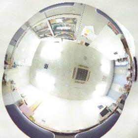 健康心理学科,平野研究室の全天球イメージを撮影しました.大学研究室で壁を見られるのは珍しい. #theta360