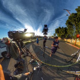 Kathy Vara live from the crash of a single engine plane on a street in Pacoima. Scroll around for 360 view.  #theta360