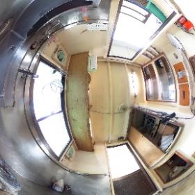 中古艇ドットコム 屋形船18m 厨房写真 #theta360