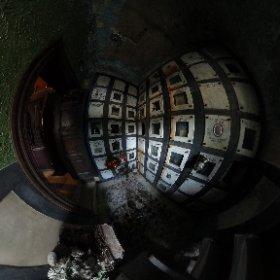 Columbar langa altar - Crematoriul Cenusa