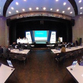 Vertreterversammlung der Volksbank Hellweg in der Stadthalle Soest. Kunde ist zufrieden -  Fotograf auch 😄 #theta360
