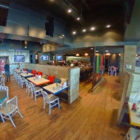Diner médias au chic Resto Pub L'immédiat de St Augustin  #theta360 #theta360fr
