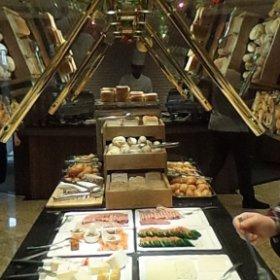 Buffet du breakfast 2 du bateau MS Jane Austen