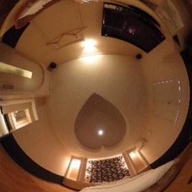 【与那原自動車ホテル】お部屋番号【10号】リッチで高級感があるモダンなお部屋で、優しい空間となっております。リラックスできる空間でごゆっくりとおくつろぎください。 ホームページはこちら↓ http://yonabaru-hotel.com