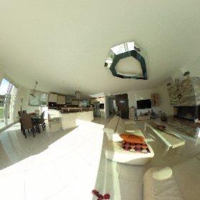 Modernes Einfamilienhaus mit Garten und Doppelgarage in Hofstetten zu verkaufen