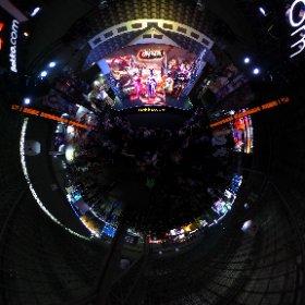 Une petite scène de #Cosplay au #TokyoGameShow 2019 ! #theta360 #theta360fr