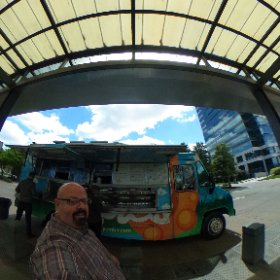 The @yumbii #foodtruck 🚚 near #Perimeter #atlfoodie #theta360