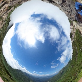 谷川岳。2つの山頂の間あたりー #theta360