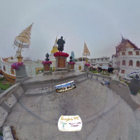 Wat Yannawa 1st buddhist temple Bangkok on the river next to major pier, their Chedi is in a Boat, SM hub https://goo.gl/vHbsLZ  BEST HASHTAGS  #WatYanNawa #BkkTemple #BkkZoneSilom #LearnAboutThai #Butterfly3d