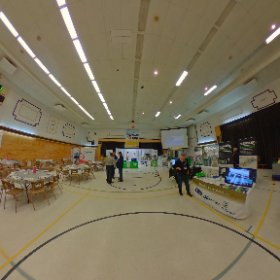 9 à  3 porcin Bernard Breton Inc 360 degrés VR 30 minutes avant l'ouverture  #theta360