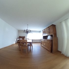 Freistehendes Einfamilienhaus mit Garten und Garage am Rebberg von Grellingen zu verkaufen
