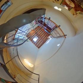 San Casciano Vendesi appartamento con ASCENSORE e caratteristiche difficili da trovare tutte insieme: ristrutturato, ascensore, terrazza a tasca, 2 livelli, in centro. #chiantifiorentino #vendesi #centro #ascensore #unico http://chiantifiorentino.it/R-2525