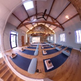 Ebru Evrim Yoga & Pilates Studio, Coach Street, Skipton #yoga #pilates #fitness #wellbeing #theta360 #theta360uk