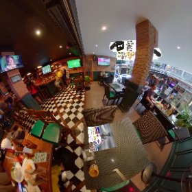 The Kiwi Bangkok sports bar in sub Soi Prida Suk Soi 8, 150 mtrs from BTS skytrain station Nana, loads of TV Screens big food menu and plenty of banter, SM hub https://goo.gl/CKZsZN   #butterfly3d #theta360