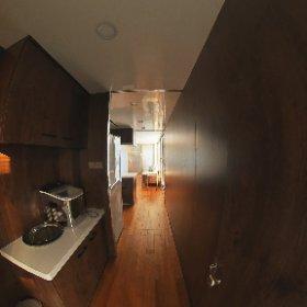 Diamond House Boat 1460 Toilets and corridors #theta360