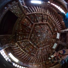 会津のさざえ堂のてっぺんでシータ。あんな暗い場所でよく撮れたもんだと感心しつつ。天井中に張られた千社札をご堪能あれ。 #さざえ堂 #会津 #theta360