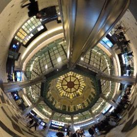 東京駅にて