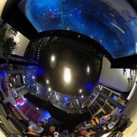 4 décembre 2018 Yvon L'Abbé et Michel Renaud du club des astronomes amateurs de Laval représentaient le Cosmodôme de Laval pour une animation à la TOHU. David St-Jacques était aussi présent #David2D