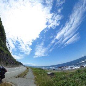 石川県能登半島の西側の海岸線 VRでバイク旅 日本一周【52日目】http://www.merkurlicht.com #theta360