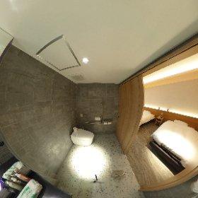 room804_universal_bathroom