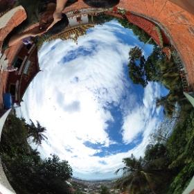 シアヌークビルのWat Leu Templeからの眺望