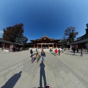 神奈川寒川町にある八方除けで有名な寒川神社に行ってきました。 1月も半ばですが、今年一年の家内安全とザッツ川口のさらなる飛躍を祈願しました。 皆様にとっても素晴らしい一年になりますように。