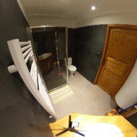 Salle de bains 1 #theta360 #theta360fr