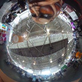 @yasuteru5050 #CaptureTheTitan #theta360 #JPopSummit2015 kodanshacomics.com