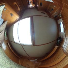 50' Hinckley Forward Stateroom #theta360