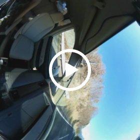 THETA+でタイムラプス編集試してみた、高速で8秒間隔を10fpsへ。車内から撮影しても流石に綺麗。でも天地方向がジャイロ無視っぽい?車が左右に揺れない代わりに常時横倒し。これ解決大変そう。 #theta360