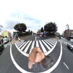中山道の志村一里塚でシータ。 右を見ても左を見ても一里塚。 #theta360