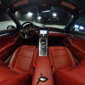 2017 Porsche 911 360 degree view interior