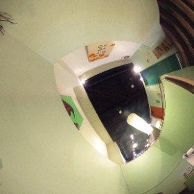 ZEN茶fe 1-2F階段