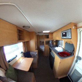 Bailey Ranger GT60/6 2009 this fantastic 6 berth with a fixed bed is just £8000. 360 living area