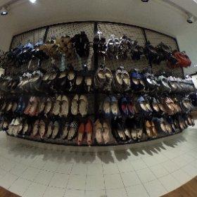 Shoes! Kitschen store.