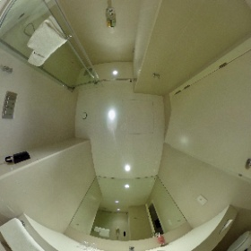 Bath of room 317 at The Rove Hotel Dubai Downtown in 360°. #visitDubai #theta360