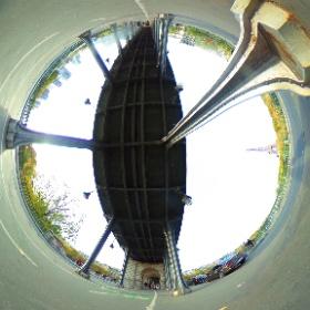 Pont Bir Hakeim - Paris #theta360 #theta360fr