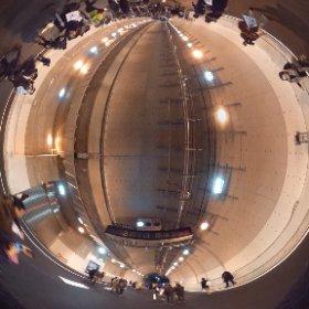 山手トンネルウォークにて。来週開通したらもう歩けませんよー!