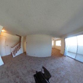 7100 Rainbow #31 - Living Room