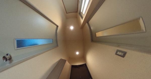 グレース205-玄関口