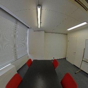 サンプラザ404 小部屋 ホワイトボード付き