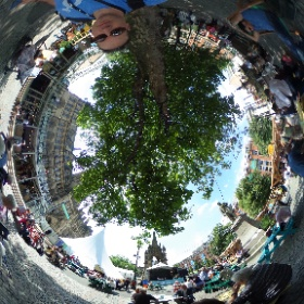 grabbing some shade at Festival Square #mif17 #theta360