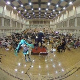 【11/17 #初音ミクシンフォニー 大阪公演❣️】  今日は大阪フィルハーモニー交響楽団のリハーサルにお邪魔してきました🎶  生のオーケストラすごいです・・‼️🤣  #miku360