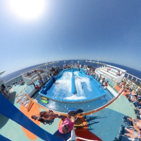 Flo-rider on #independenceoftheseas #rccl #theta360 #theta360uk