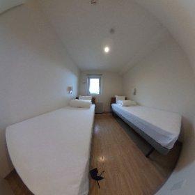 Myecolodge twin bedroom   #theta360