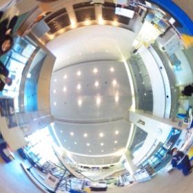 去年の上げるの忘れてた。宇宙研(JAXA宇宙科学研究所)のロビーで撮影。
