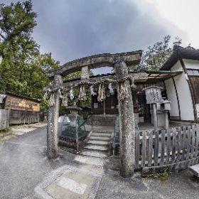 京都御苑、九条池厳島神社 #thetaz1 Single DNG #theta360